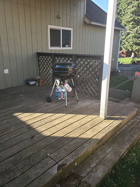 Before and after photo DECK PROJECT